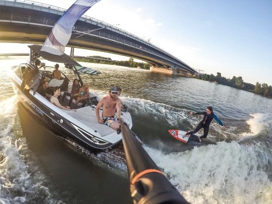 Danubesurfer Wakesurf, Skimboard und Skatesurf Club