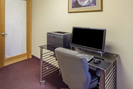 Kenai, AK: Business center