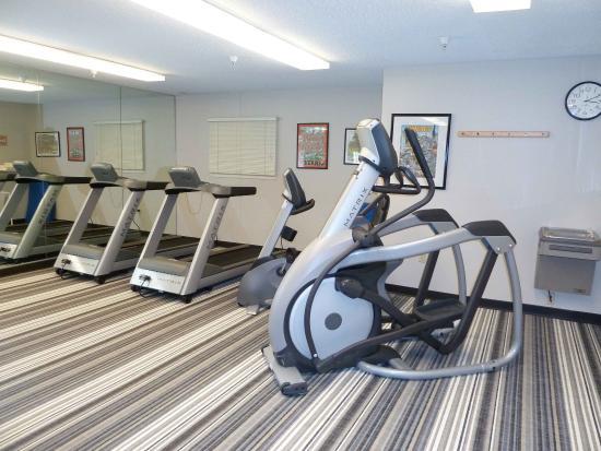 Libertyville, IL: Fitness Center