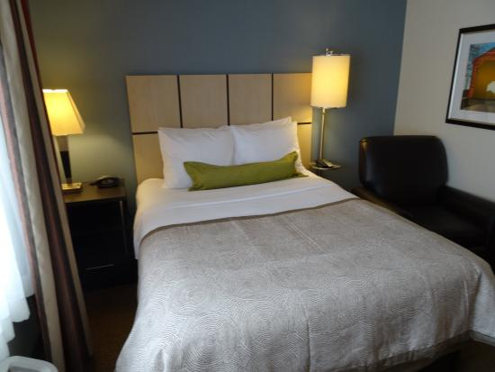 Libertyville, IL: Guest Room