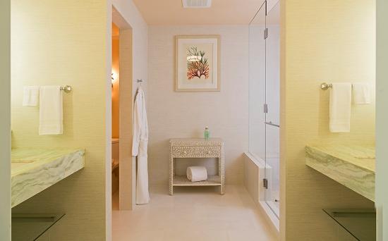 West End Village, Anguila: Bathroom