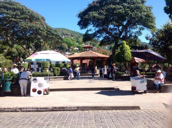Food Near La Veta Grand