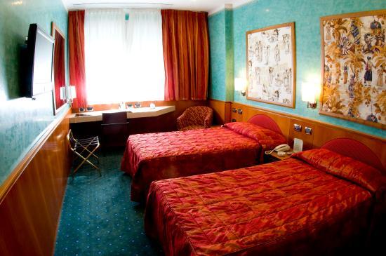 Brunelleschi Hotel: Standard Twin Room