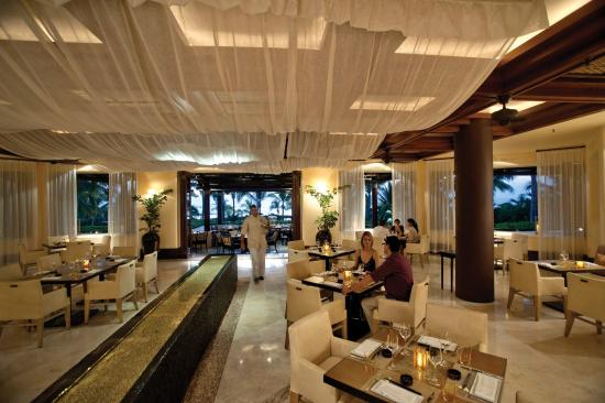 Four Seasons Resort Punta Mita: Aramara Restaurant