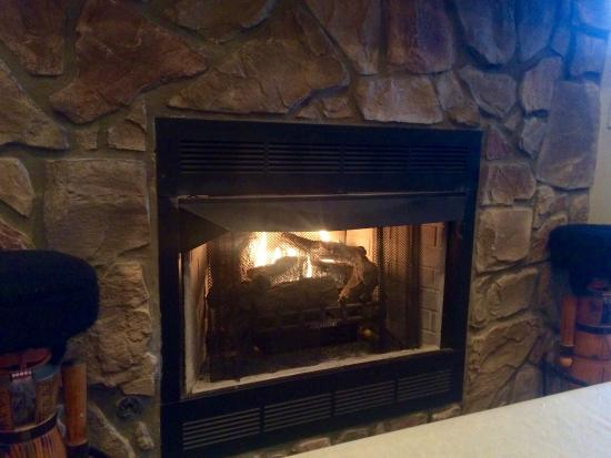"Mountain Home, AR: Now ""Bradley's restaurant and catering""  Enjoying a seat by the fireplace!"