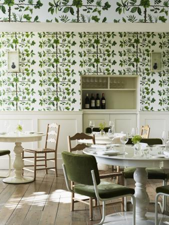 Stoke Poges, UK: Restaurant Garden Room