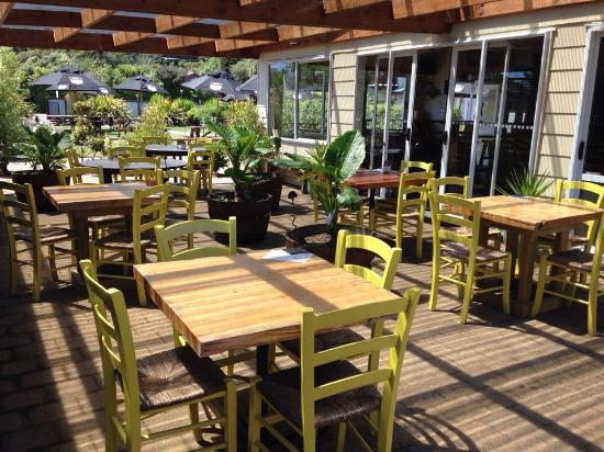Pohara, نيوزيلندا: Courtyard