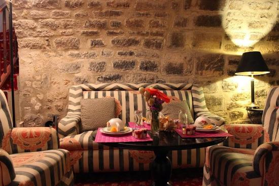 Hotel Prince de Conde: Public areas