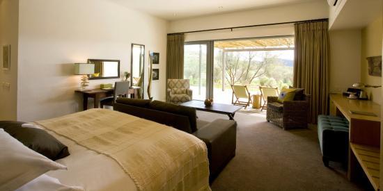 Sanbona Wildlife Reserve - Tilney Manor, Dwyka Tented Lodge, Gondwana Lodge