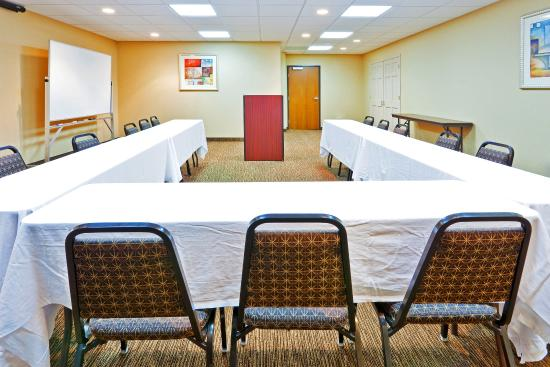 Magee, MS: Meeting Room