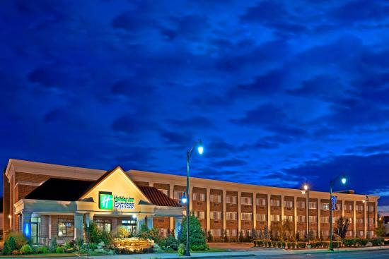 Holiday Inn Express Lynbrook - Rockville Centre