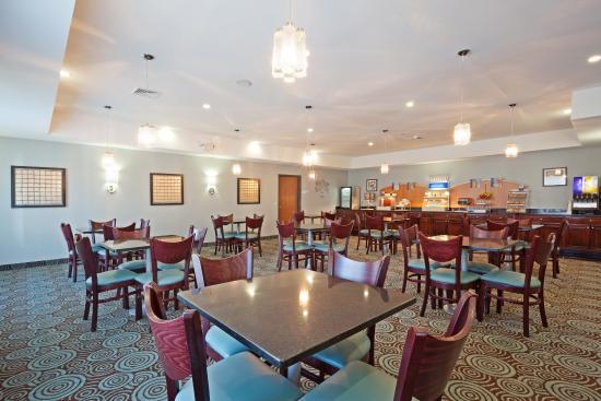 Meriden, CT: Breakfast Area