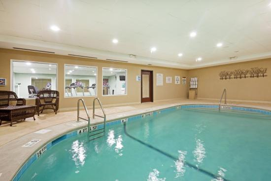 Meriden, CT: Swimming Pool