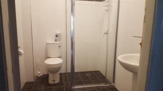 Wisemans Ferry, Australie : Upstairs Bathroom