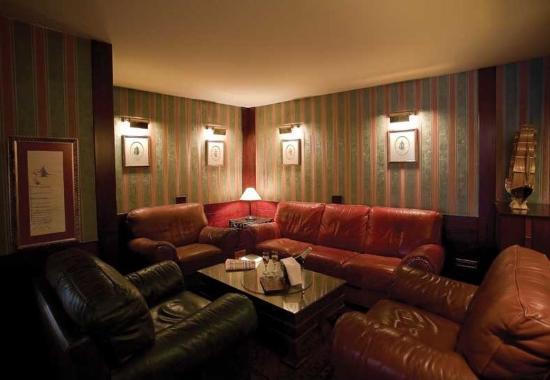 Hotel Prince: Lobby