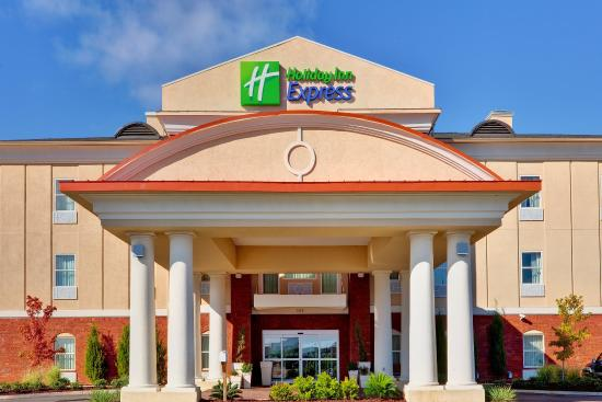 Holiday Inn Express 97 1 0 7 Updated 2018 Prices Hotel Reviews Mccomb Ms Tripadvisor