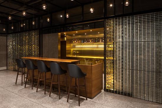 The Opposite House: Bar