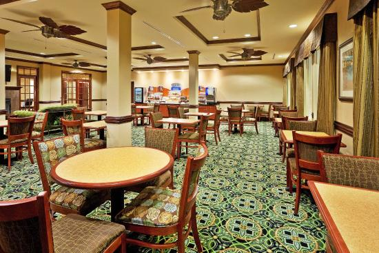 Millington, Теннесси: Breakfast Bar