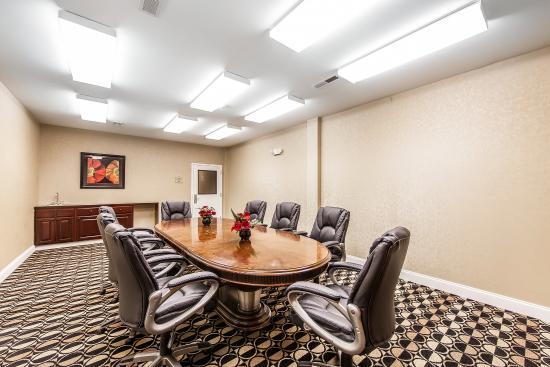 Bremen, GA: Boardroom