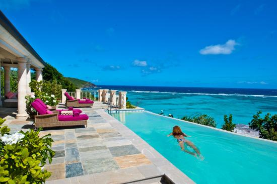 Canouan: Four Bedroom Hotel Villa Pool