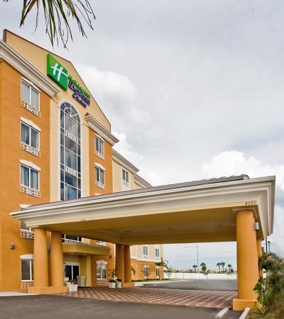 Holiday Inn Express Hotel & Suites Orlando South-Davenport: Hotel Exterior