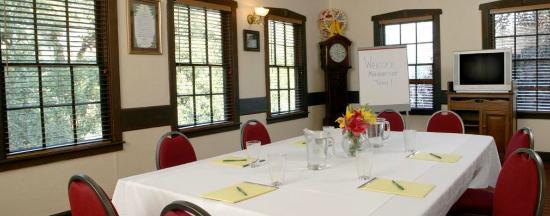 Garberville, Калифорния: Meeting Space