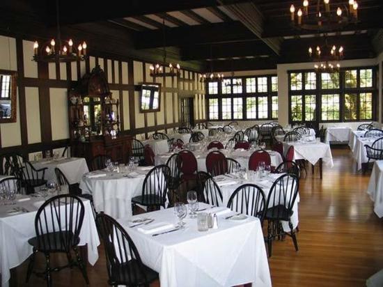 Garberville, CA: Dining Room