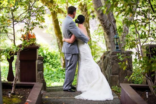 Garberville, CA: Weddings