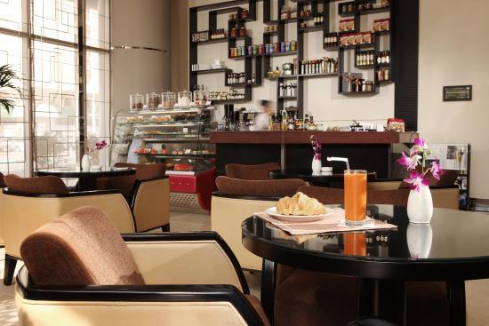 Cristal Hotel Abu Dhabi: Blendz Cafe