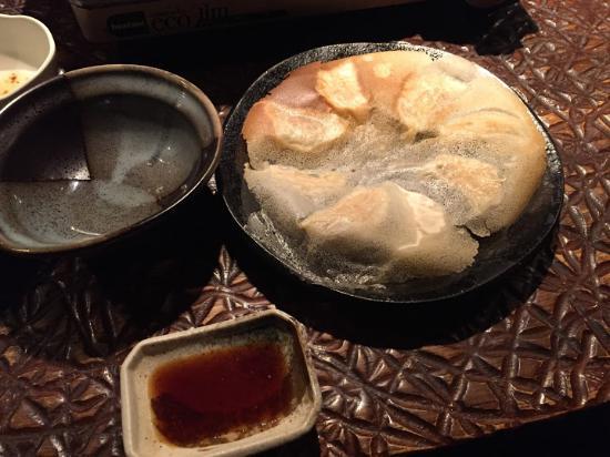 Hakata Umaimon Buaiso Minami3jo: 一口餃子