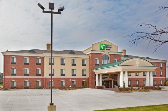 Photo of Holiday Inn Express Hotel & Suites Goshen