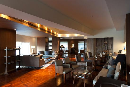 Les Suites Orient, Bund Shanghai: Cafe Dong Xi Dining Area