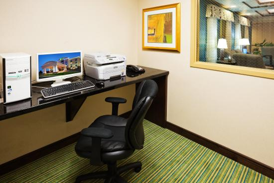 Newport, Tennessee: Complete your work in our business center!