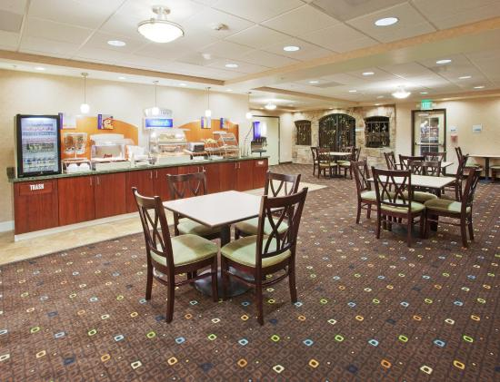 Lodi, Californien: Breakfast Bar