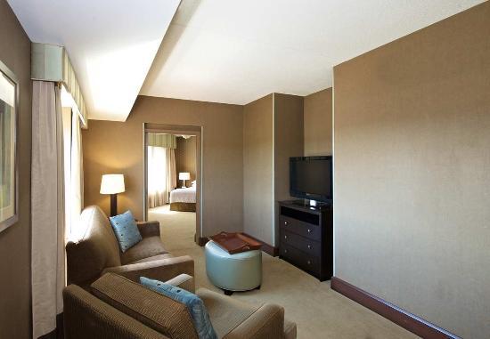 Canonsburg, Pensilvania: Suite Living Room