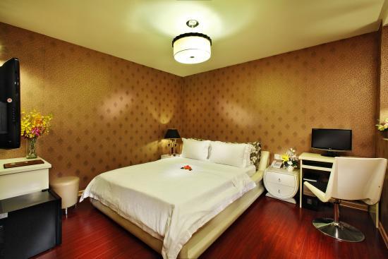 A&EM 8A Thai Van Lung Hotel: Superior Room
