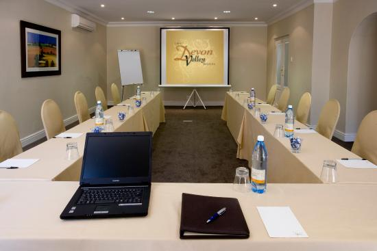 Devon Valley Hotel: Conference Room