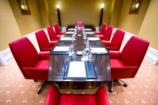 Radisson Royal Hotel Moscow: Autumn Meeting Room