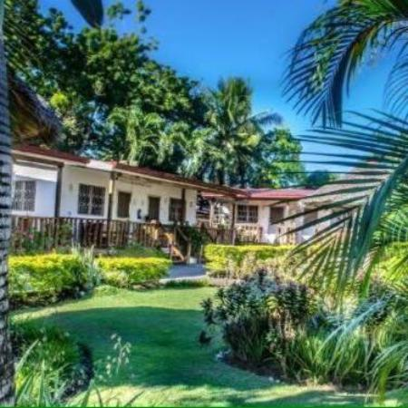 Isla Hayahay: our villas