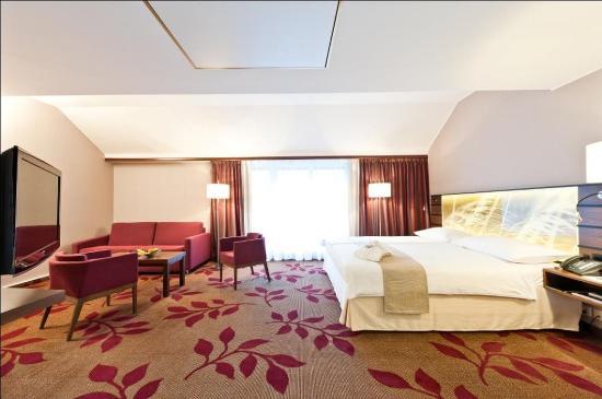 Hotel Ascot: Deluxe Junior Suite