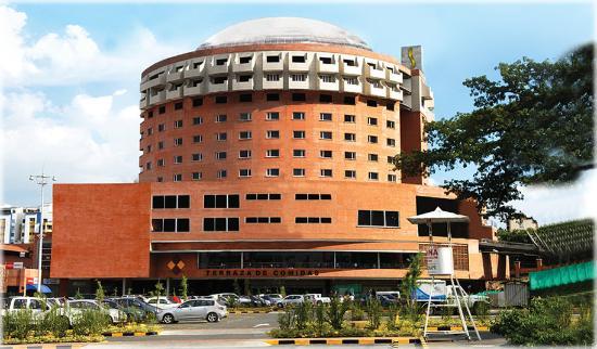 Hotel Spiwak Chipichape Cali: FACHADACopia