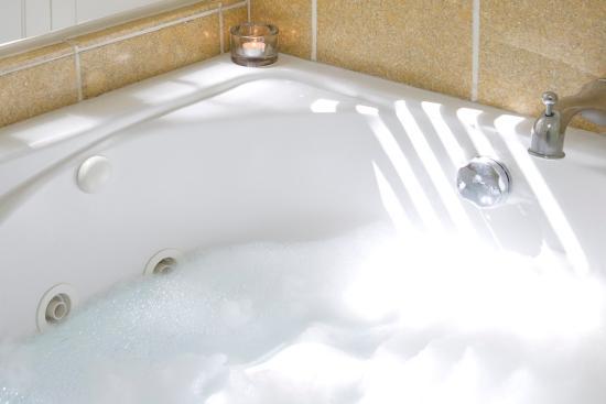 ฟอเรสต์วิลล์, แคลิฟอร์เนีย: King Suite Bathroom