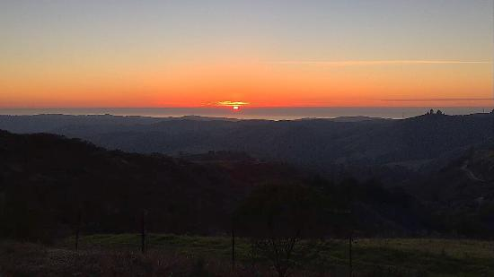 sunset view at the skyline parking lot picture of windy hill open rh tripadvisor co za