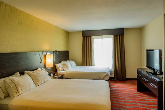 Bradford, بنسيلفانيا: Two Queen Guest Room