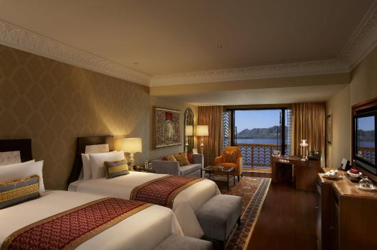 The Leela Palace Udaipur: Twin Room