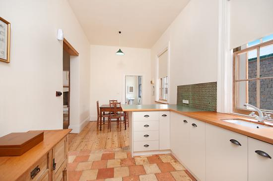 house keeper s 2 bedroom apartment kitchen picture of annesley rh tripadvisor co uk