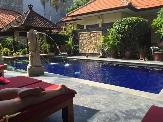 Yulia Beach Inn: photo1.jpg