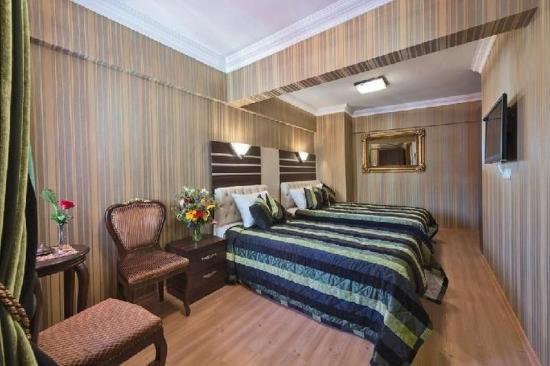 Al Sinno Hotel: Family Room