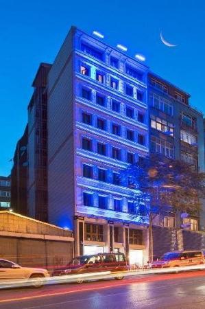 Al Sinno Hotel: Building
