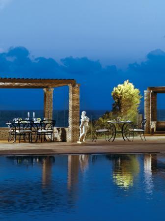 Out of the Blue Capsis Elite Resort: Safran Pool Restaurant